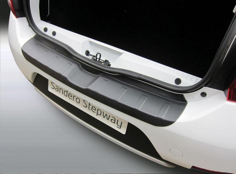 накладка на задний бампер Renault Sandero 2