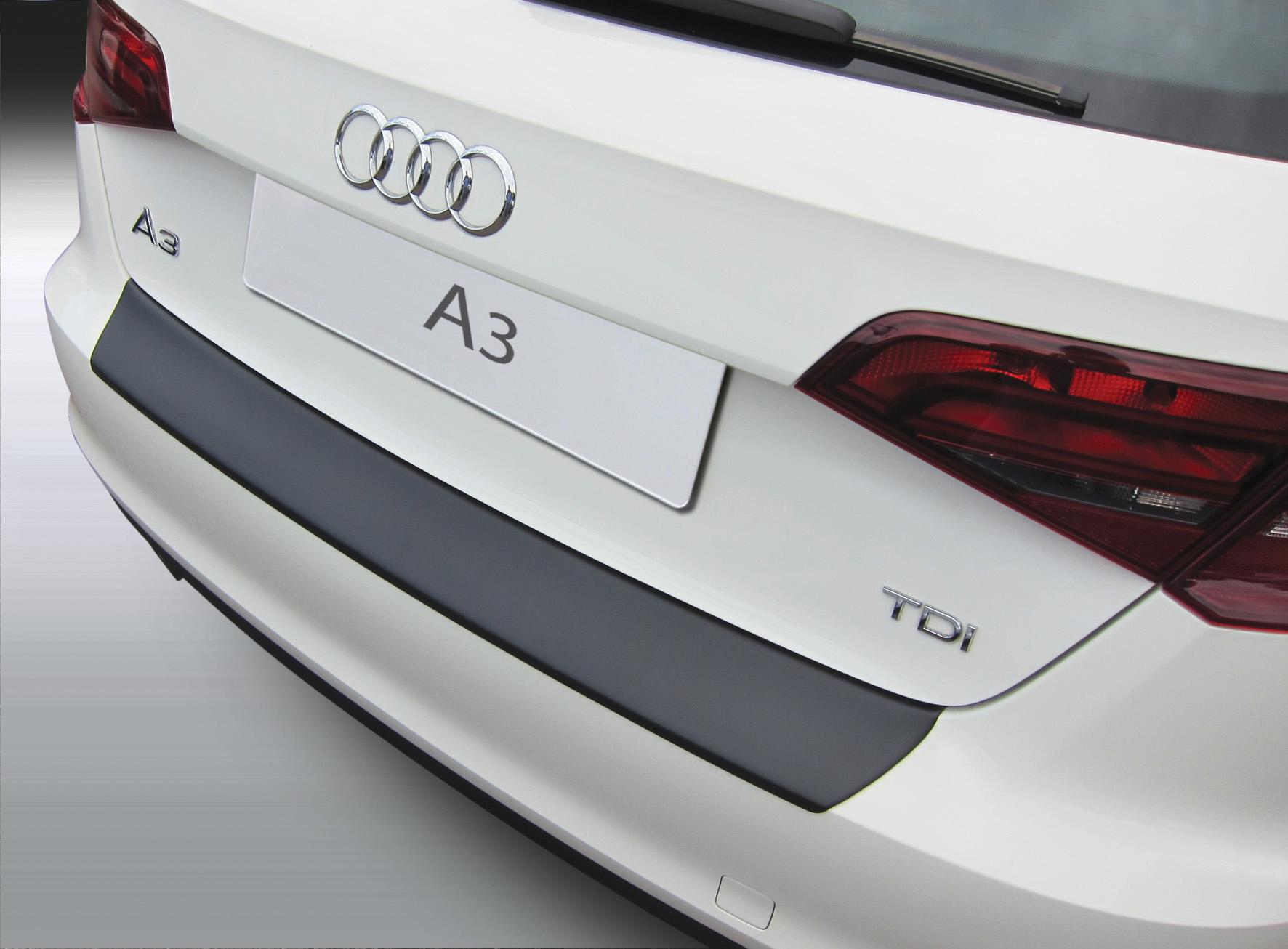 Накладка на задний бампер Audi A3 / S3 / RS, 5-дв. хэтчбек, 2012-2018