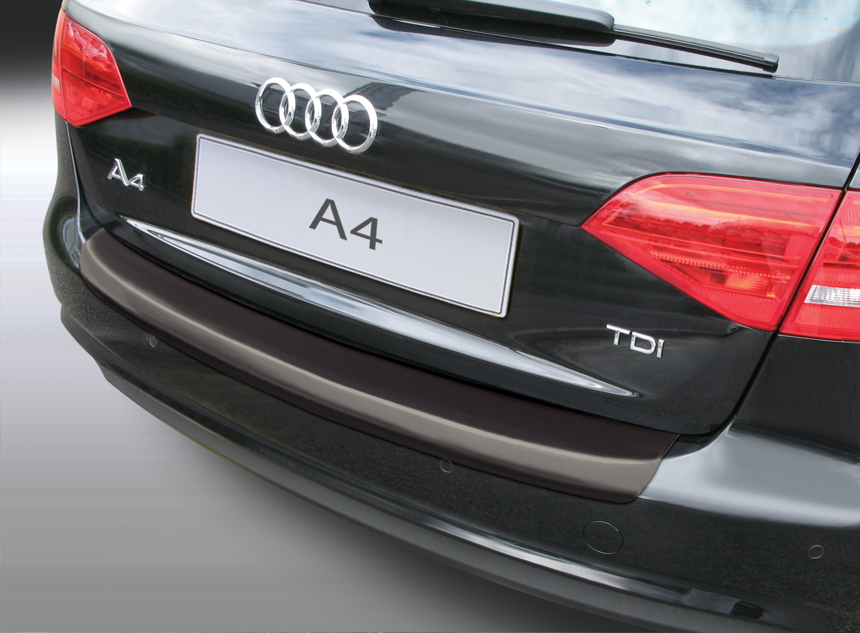 Накладка на задний бампер Audi A4 Avant Quattro, универсал, 2012-2015